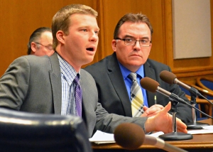 Sen. John Hoffman (right) and Josh Wise, director of the Minnesota Fair Trade Coalition, provides testimony on the proposed Trade Policy Advisory Council.