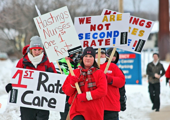 Nurses picket outside Regina Medical Center in advance of contract negotiations. (photo courtesy MNA)