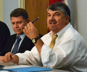 AFL-CIO President Richard Trumka (right) will speak in Minneapolis Feb. 20.