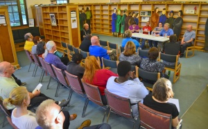 The East Side Freedom Library hosts a forum on 15 Now.