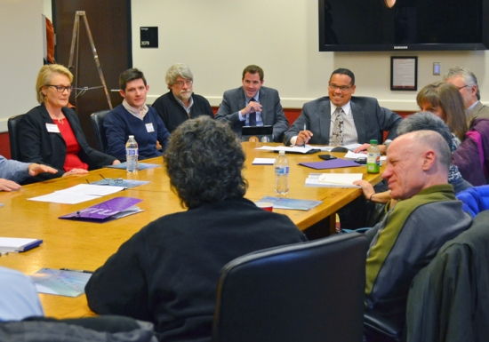 U.S. Rep. Keith Ellison meets with researchers at the U of M - Twin Cities.