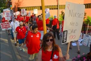 web.NursesStrike-5